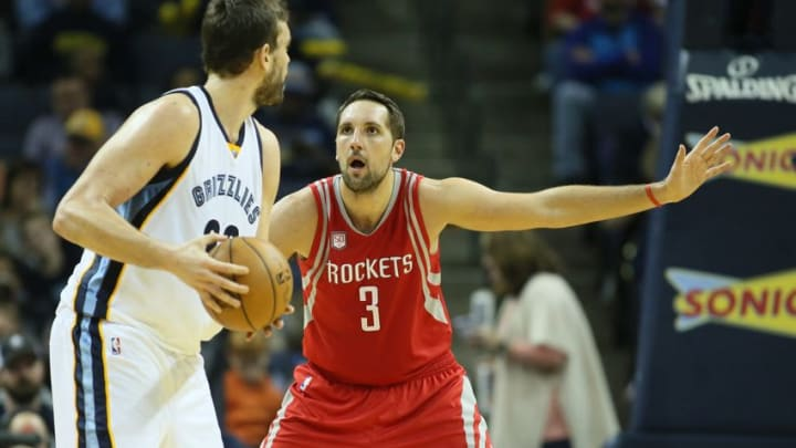 Dec 23, 2016; Memphis, TN, USA; Houston Rockets forward Ryan Anderson (3) defends against Memphis Grizzlies center Marc Gasol (33) during the second half at FedExForum. Memphis defeated Houston 115-109. Mandatory Credit: Nelson Chenault-USA TODAY Sports