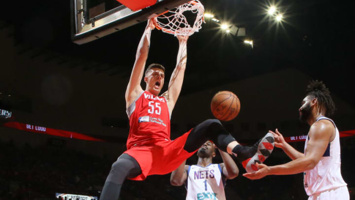 Houston Rockets Isaiah Hartenstein (Photo by Christian Inoferio/NBAE via Getty Images) EDINBURG, TX - April 9: Gary Payton II #0 of the Rio Grande Valley Vipers boxes out against the Long Island Nets on April 9, 2019 at the Bert Ogden Arena in Edinburg, Texas. NOTE TO USER: User expressly acknowledges and agrees that, by downloading and/or using this Photograph, user is consenting to the terms and conditions of the Getty Images License Agreement. Mandatory Copyright Notice: Copyright 2019 NBAE (Photo by Christian Inoferio/NBAE via Getty Images)