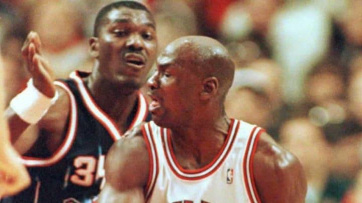 Michael Jordan (Photo by BRIAN BAHR / AFP) (Photo credit should read BRIAN BAHR/AFP via Getty Images)