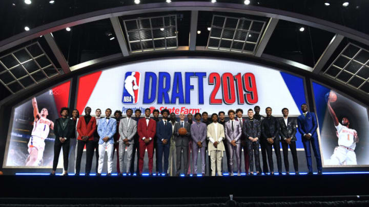 NEW YORK, NEW YORK - JUNE 20: The 2019 NBA Draft prospects stand on stage with NBA Commissioner Adam Silver before the start of the 2019 NBA Draft at the Barclays Center on June 20, 2019 in the Brooklyn borough of New York City. NOTE TO USER: User expressly acknowledges and agrees that, by downloading and or using this photograph, User is consenting to the terms and conditions of the Getty Images License Agreement. (Photo by Sarah Stier/Getty Images)