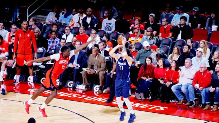 Houston Rockets Clint Capela (Photo by Cato Cataldo/NBAE via Getty Images)