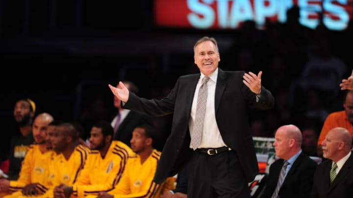 Mike D'Antoni (Photo credit should read ROBYN BECK/AFP via Getty Images)