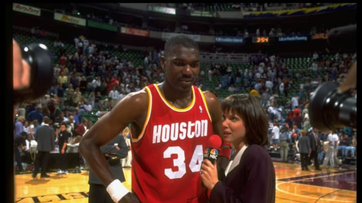 Houston Rockets Hakeem Olajuwon (Photo by Norm Perdue/The LIFE Images Collection via Getty Images/Getty Images)
