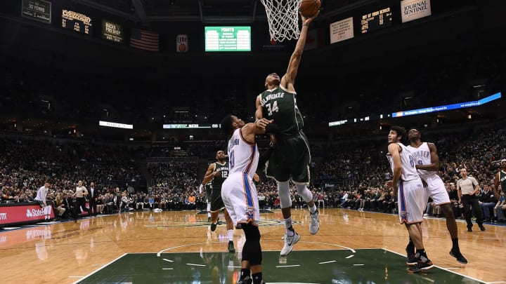Giannis Antetokounmpo Russell Westbrook (Photo by Stacy Revere/Getty Images)