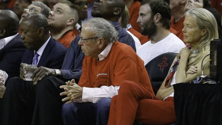 HOUSTON, TX - APRIL 25: Houston Rockets owner Les Alexander looks on during Game Five of the Western Conference Quarterfinals game of the 2017 NBA Playoffs at Toyota Center on April 25, 2017 in Houston, Texas. NOTE TO USER: User expressly acknowledges and agrees that, by downloading and/or using this photograph, user is consenting to the terms and conditions of the Getty Images License Agreement. (Photo by Bob Levey/Getty Images)