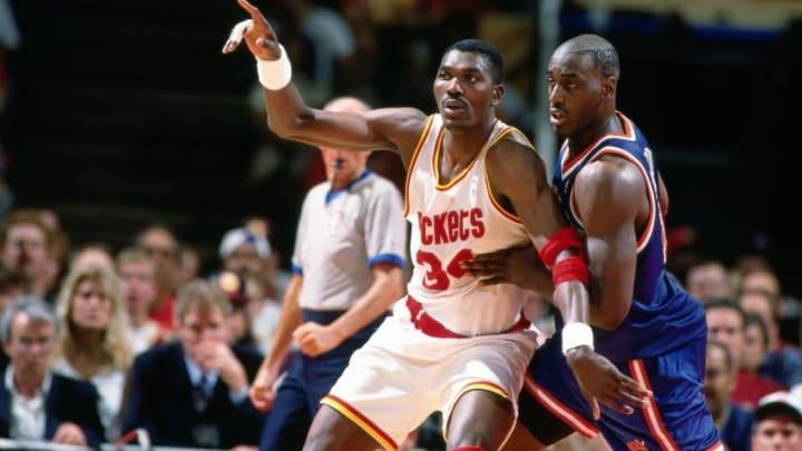 Houston Rockets - Hakeem Olajuwon (Photo by Andrew D. Bernstein/NBAE via Getty Images)
