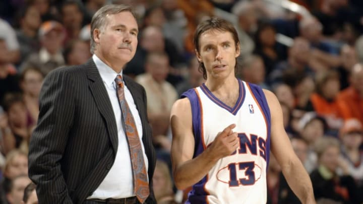 Steve Nash Mike D'Antoni (Photo by Barry Gossage/NBAE via Getty Images)
