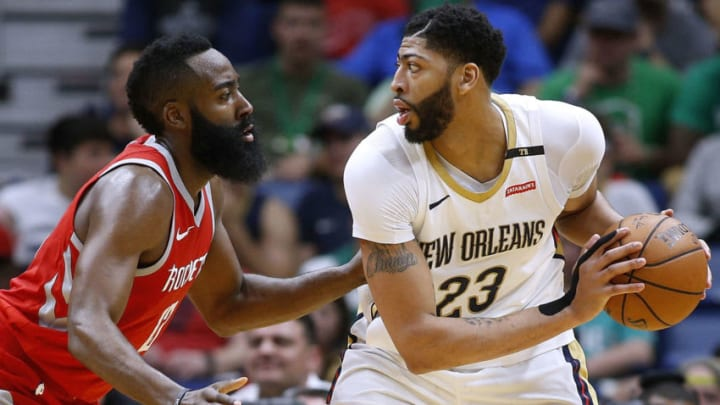 NEW ORLEANS, LA - MARCH 17: Anthony Davis #23 of the New Orleans Pelicans drives against James Harden #13 of the Houston Rockets during the second half at the Smoothie King Center on March 17, 2018 in New Orleans, Louisiana. NOTE TO USER: User expressly acknowledges and agrees that, by downloading and or using this photograph, User is consenting to the terms and conditions of the Getty Images License Agreement. (Photo by Jonathan Bachman/Getty Images)