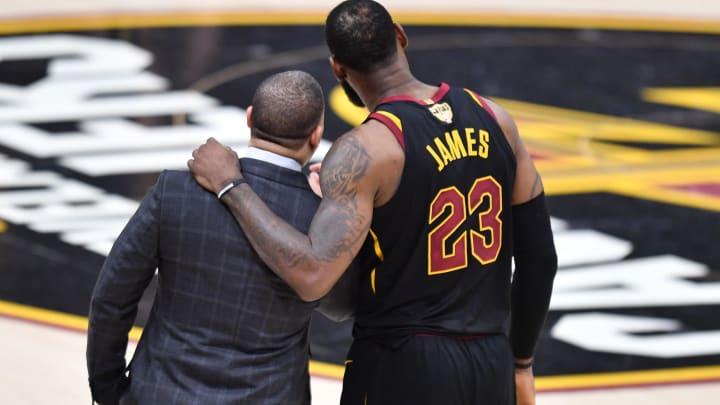 Cleveland Cavaliers Tyronn Lue (Photo by Jamie Sabau/Getty Images)