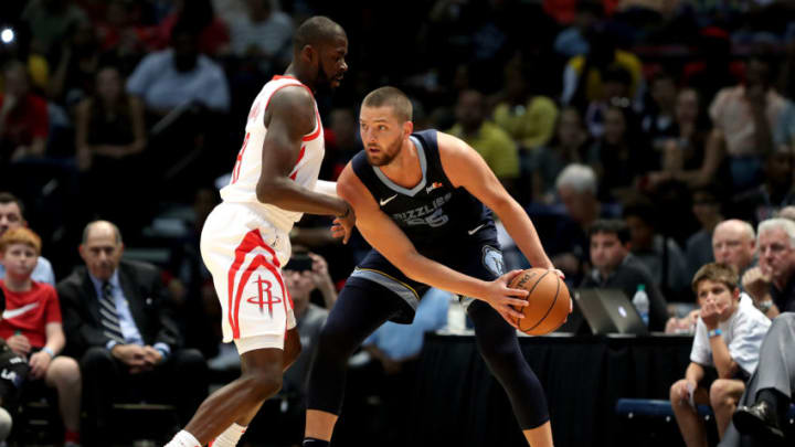 BIRMINGHAM, AL - OCTOBER 2: MChandler Parsons #25 of the Memphis Grizzlies handles the ball against the Houston Rockets during a pre-season game on October 2, 2018 at Legacy Arena at The BJCC in Birmingham, Alabama. NOTE TO USER: User expressly acknowledges and agrees that, by downloading and or using this photograph, User is consenting to the terms and conditions of the Getty Images License Agreement. Mandatory Copyright Notice: Copyright 2018 NBAE (Photo by Joe Murphy/NBAE via Getty Images)