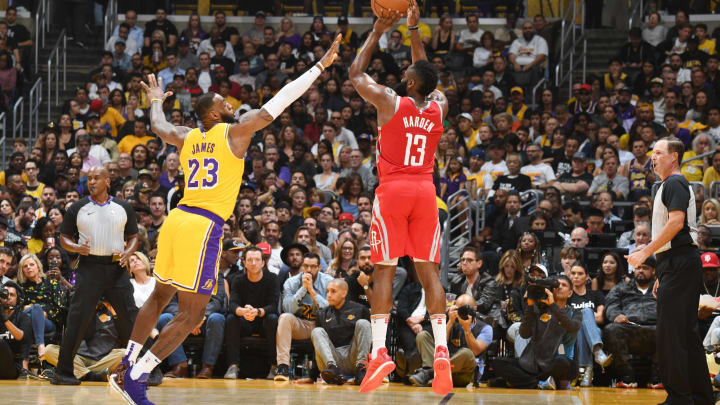 LOS ANGELES, CA – OCTOBER 20: James Harden #13 of the Houston Rockets shoots the ball against LeBron James #23 of the Los Angeles Lakers on October 20, 2018 at STAPLES Center in Los Angeles, California. NOTE TO USER: User expressly acknowledges and agrees that, by downloading and/or using this Photograph, user is consenting to the terms and conditions of the Getty Images License Agreement. Mandatory Copyright Notice: Copyright 2018 NBAE (Photo by Andrew D. Bernstein/NBAE via Getty Images)