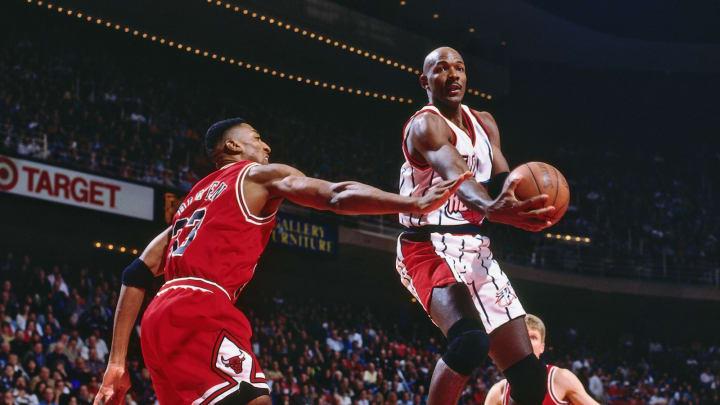 Houston Rockets Clyde Drexler (Photo by Bill Baptist/NBAE via Getty Images)
