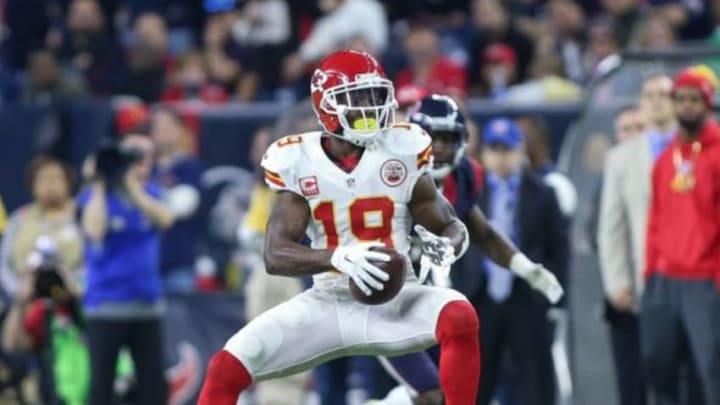 Jan 9, 2016; Houston, TX, USA; Kansas City Chiefs wide receiver Jeremy Maclin (19) catches a pass during the AFC Wild Card playoff football game against the Houston Texans at NRG Stadium . Mandatory Credit: Troy Taormina-USA TODAY Sports
