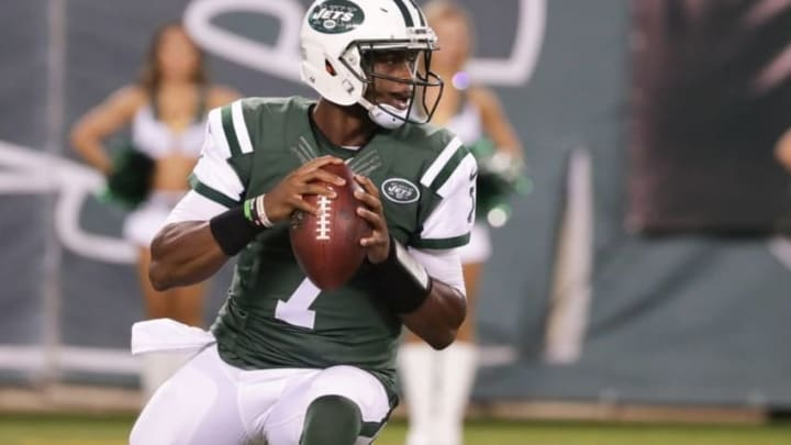 Aug 27, 2016; East Rutherford, NJ, USA; New York Jets quarterback Geno Smith (7) looks to pass against the New York Giants during the first half at MetLife Stadium. Mandatory Credit: Vincent Carchietta-USA TODAY Sports