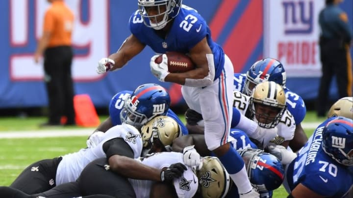 Sep 18, 2016; East Rutherford, NJ, USA; New York Giants running back Rashad Jennings (23) breaks free for yardage during the first quarter against the New Orleans Saints at MetLife Stadium. Mandatory Credit: Robert Deutsch-USA TODAY Sports
