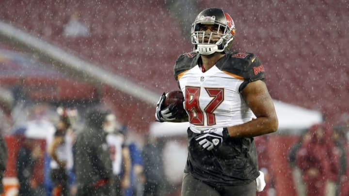 Aug 31, 2016; Tampa, FL, USA; Tampa Bay Buccaneers tight end Austin Seferian-Jenkins (87) works out prior to the game against the Washington Redskins during the Tropical Storm Hermine at Raymond James Stadium. Mandatory Credit: Kim Klement-USA TODAY Sports