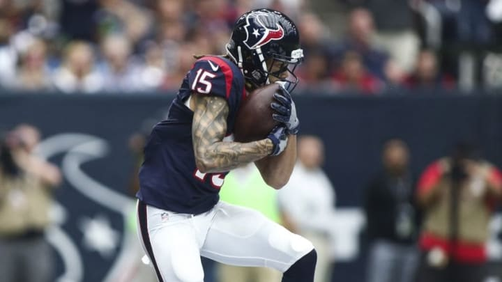 Oct 2, 2016; Houston, TX, USA; Houston Texans wide receiver Will Fuller (15) makes a reception for a touchdown during the first quarter against the Tennessee Titans at NRG Stadium. Mandatory Credit: Troy Taormina-USA TODAY Sports