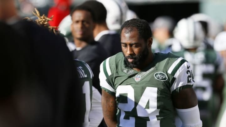 Oct 23, 2016; East Rutherford, NJ, USA; New York Jets cornerback Darrelle Revis (24) on the sideline during second half against Baltimore Ravens at MetLife Stadium. The New York Jets defeated the Baltimore Ravens 24-16. Mandatory Credit: Noah K. Murray-USA TODAY Sports
