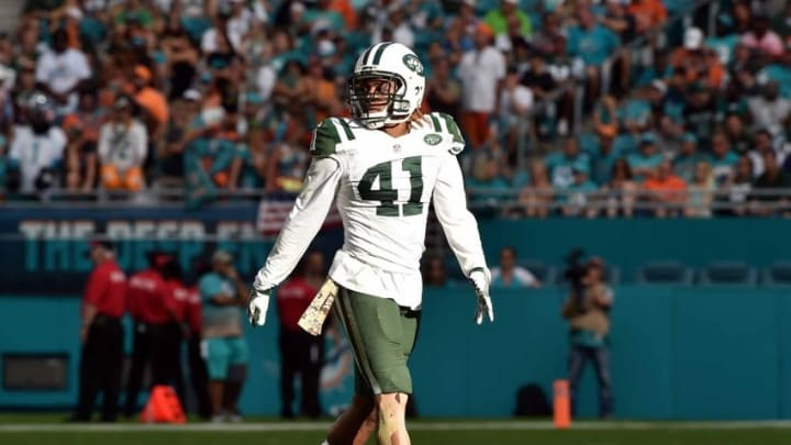 Nov 6, 2016; Miami Gardens, FL, USA; New York Jets cornerback Buster Skrine (41) lines up to the line of scrimmage during the second half against the Miami Dolphins at Hard Rock Stadium. The Dolphins won 27-23. Mandatory Credit: Steve Mitchell-USA TODAY Sports