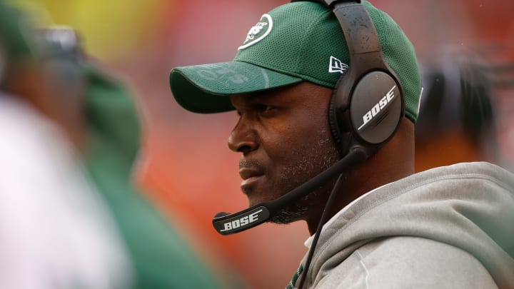 CLEVELAND, OH – OCTOBER 30: Head coach Todd Bowles of the New York Jets looks on during the fourth quarter against the Cleveland Browns at FirstEnergy Stadium on October 30, 2016 in Cleveland, Ohio. (Photo by Gregory Shamus/Getty Images)