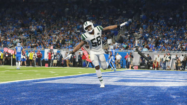 DETROIT, MI – SEPTEMBER 10: Darron Lee #58 of the New York Jets celebrates a play in the second half against the Detroit Lions at Ford Field on September 10, 2018 in Detroit, Michigan. (Photo by Rey Del Rio/Getty Images)