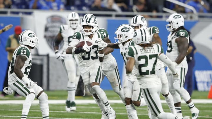 DETROIT, MI – SEPTEMBER 10: Jamal Adams #33 of the New York Jets runs the ball after intercepting a pass against the Detroit Lions at Ford Field on September 10, 2018 in Detroit, Michigan. (Photo by Joe Robbins/Getty Images)