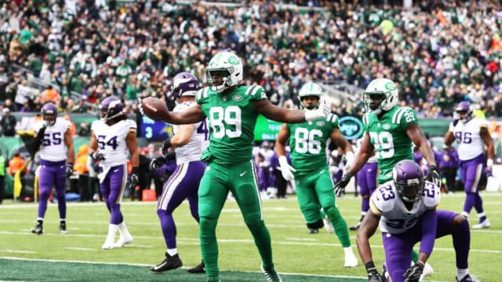 EAST RUTHERFORD, NJ - OCTOBER 21: Chris Herndon #89 of the New York Jets celebrates his touchdown catch against the Minnesota Vikings during their game at MetLife Stadium on October 21, 2018 in East Rutherford, New Jersey. (Photo by Al Bello/Getty Images)