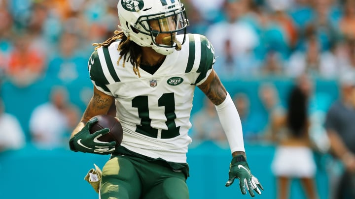 MIAMI, FL – NOVEMBER 04: Robby Anderson #11 of the New York Jets carries the ball againnst the Miami Dolphins in the first quarter of their game at Hard Rock Stadium on November 4, 2018 in Miami, Florida. (Photo by Michael Reaves/Getty Images)