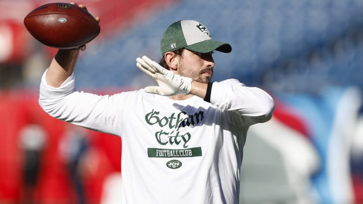 NASHVILLE, TN – DECEMBER 2: Davis Webb #5 of the New York Jets throws a warm up pass before game against the Tennessee Titans at Nissan Stadium on December 2, 2018 in Nashville, Tennessee. (Photo by Wesley Hitt/Getty Images)