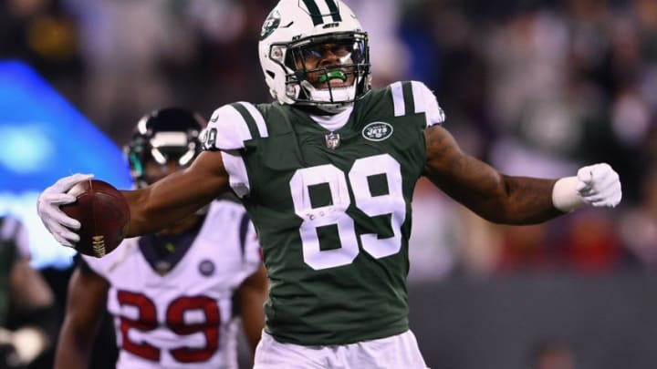 EAST RUTHERFORD, NJ - DECEMBER 15: Tight end Chris Herndon #89 of the New York Jets reacts against the Houston Texans during the second half at MetLife Stadium on December 15, 2018 in East Rutherford, New Jersey. The Houston Texans won 29-22. (Photo by Mark Brown/Getty Images)