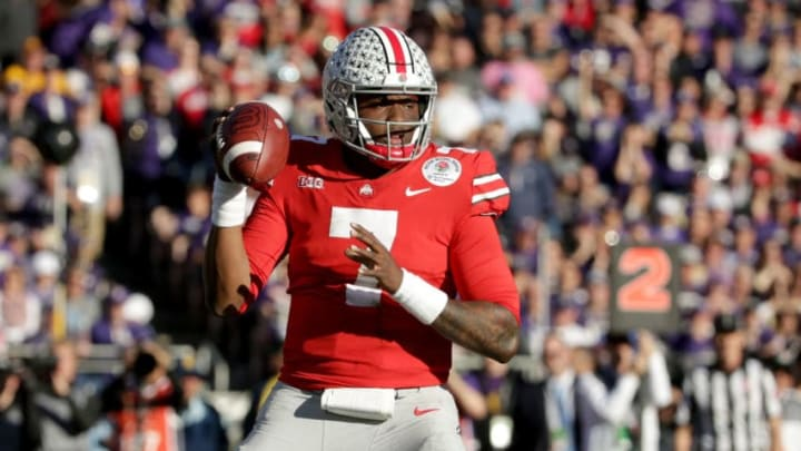 PASADENA, CA - JANUARY 01: Dwayne Haskins #7 of the Ohio State Buckeyes looks to make a pass during the first half in the Rose Bowl Game presented by Northwestern Mutual at the Rose Bowl on January 1, 2019 in Pasadena, California. (Photo by Jeff Gross/Getty Images)