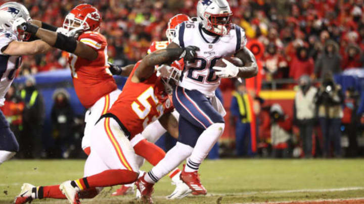 KANSAS CITY, MISSOURI – JANUARY 20: Sony Michel #26 of the New England Patriots rushes for a 1-yard touchdown in the first quarter as Anthony Hitchens #53 of the Kansas City Chiefs attempts to tackle him during the AFC Championship Game at Arrowhead Stadium on January 20, 2019 in Kansas City, Missouri. (Photo by Jamie Squire/Getty Images)