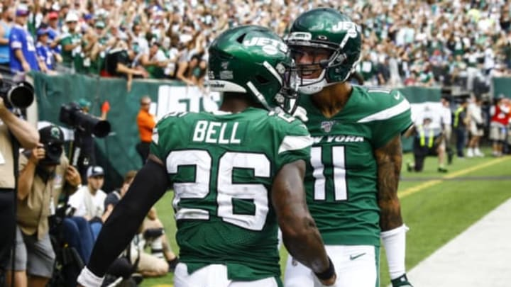 EAST RUTHERFORD, NJ – SEPTEMBER 8: Le'Veon Bell #26 of the New York Jets celebrates his touchdown with Robby Anderson #11 against the Buffalo Bills during a game at MetLife Stadium on September 8, 2019, in East Rutherford, New Jersey. New York Jets (Photo by Jeff Zelevansky/Getty Images)
