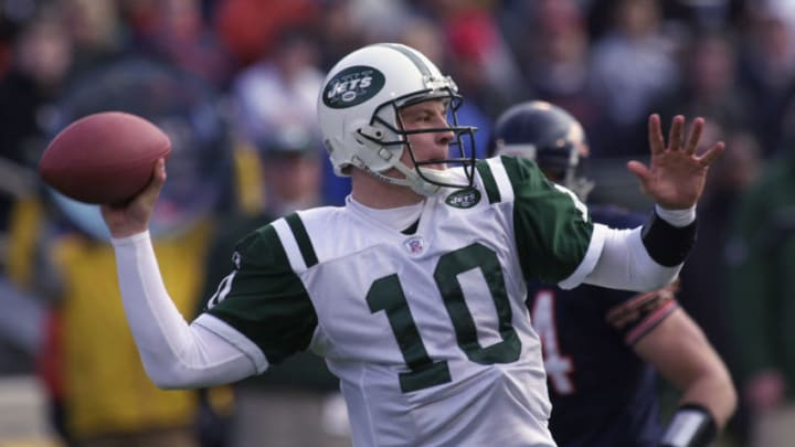 CHAMPAIGN, IL - DECEMBER 15: Quarterback Chad Pennington #10 of the New York Jets throws a pass against the Chicago Bears during their NFL game on December 15, 2002 at Memorial Stadium at the University of Illinois in Champaign, Illinois. The Bears defeated the Jets 20-13. (Photo by Jonathan Daniel/Getty Images)