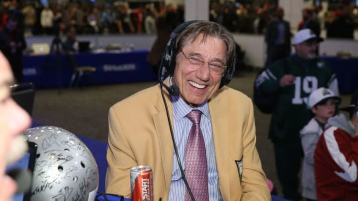 SAN FRANCISCO, CA - FEBRUARY 05: Former NFL player Joe Namath visits the SiriusXM set at Super Bowl 50 Radio Row at the Moscone Center on February 5, 2016 in San Francisco, California. (Photo by Cindy Ord/Getty Images for SiriusXM)