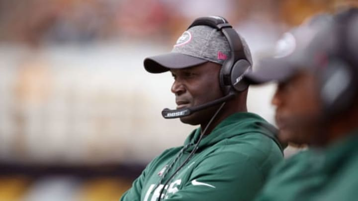 PITTSBURGH, PA – OCTOBER 09: Head coach Todd Bowles looks on during the second half while playing the Pittsburgh Steelers at Heinz Field on October 9, 2016 in Pittsburgh, Pennsylvania. Pittsburgh won the game 31-13.(Photo by Gregory Shamus/Getty Images)