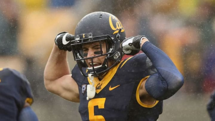 BERKELEY, CA - NOVEMBER 19: Chad Hansen #6 of the California Golden Bears reacts after running in for touchdown against the Stanford Cardinal at California Memorial Stadium on November 19, 2016 in Berkeley, California. (Photo by Ezra Shaw/Getty Images)