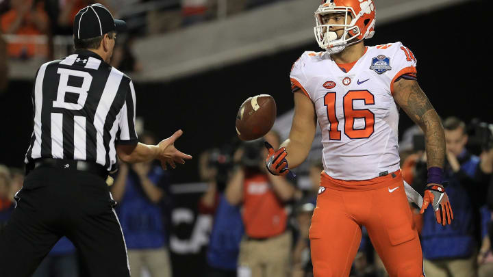 ORLANDO, FL – DECEMBER 03: Jordan Leggett #16 of the Clemson Tigers scores a touchdown during the ACC Championship against the Virginia Tech Hokies on December 3, 2016 in Orlando, Florida. (Photo by Mike Ehrmann/Getty Images)