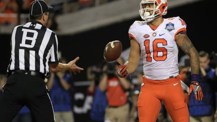 ORLANDO, FL - DECEMBER 03: Jordan Leggett #16 of the Clemson Tigers scores a touchdown during the ACC Championship against the Virginia Tech Hokies on December 3, 2016 in Orlando, Florida. (Photo by Mike Ehrmann/Getty Images)
