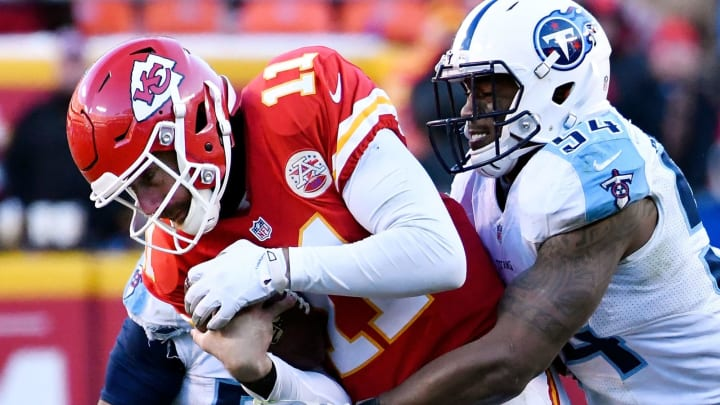 KANSAS CITY, MO – DECEMBER 18: Quarterback Alex Smith #11 of the Kansas City Chiefsis sacked by inside linebacker Avery Williamson #54 of the Tennessee Titans during the game at Arrowhead Stadium on December 18, 2016 in Kansas City, Missouri. (Photo by Reed Hoffmann/Getty Images)