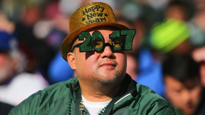 EAST RUTHERFORD, NJ - JANUARY 01: A New York Jets fan watches the action during the second quarter of the Jets game against the Buffalo Bills at MetLife Stadium on January 1, 2017 in East Rutherford, New Jersey. (Photo by Ed Mulholland/Getty Images)