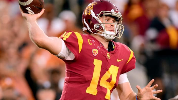 LOS ANGELES, CA – SEPTEMBER 16: Sam Darnold #14 of the USC Trojans makes a pass during the second quarter against the Texas Longhorns at Los Angeles Memorial Coliseum on September 16, 2017 in Los Angeles, California. (Photo by Harry How/Getty Images)