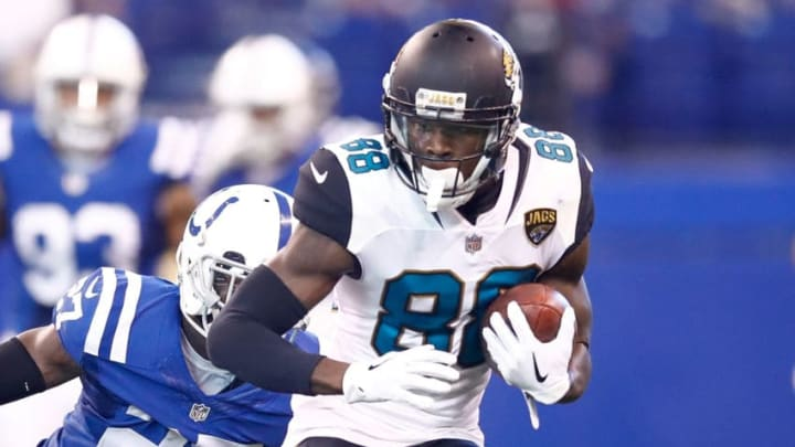 INDIANAPOLIS, IN - OCTOBER 22: Allen Hurns #88 of the Jacksonville Jaguars runs with the ball after a reception defended by Nate Hairston #27 of the Indianapolis Colts during the first half at Lucas Oil Stadium on October 22, 2017 in Indianapolis, Indiana. (Photo by Andy Lyons/Getty Images)