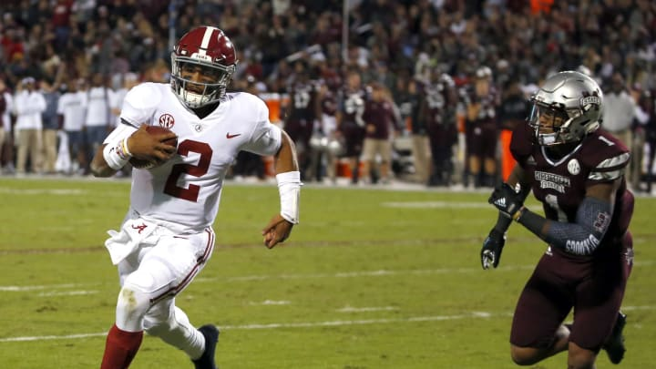 STARKVILLE, MS – NOVEMBER 11: Jalen Hurts #2 of the Alabama Crimson Tide gets around Brandon Bryant #1 of the Mississippi State Bulldogs for the touchdown during the first half of an NCAA football game at Davis Wade Stadium on November 11, 2017 in Starkville, Mississippi. (Photo by Butch Dill/Getty Images)