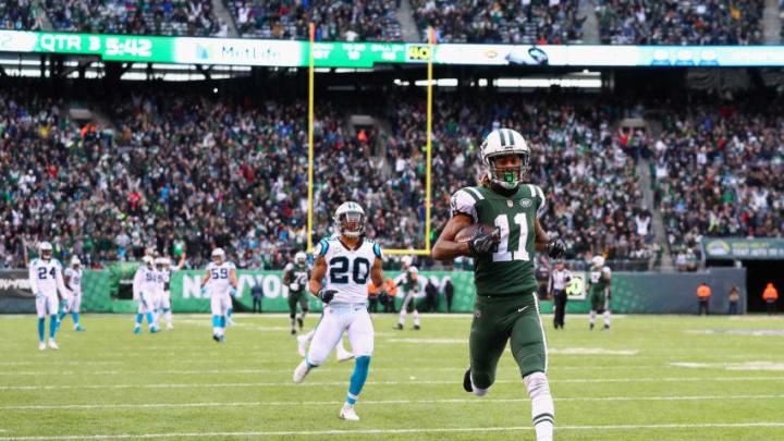 EAST RUTHERFORD, NJ - NOVEMBER 26: Wide receiver Robby Anderson #11 of the New York Jets scores a touchdown during the third quarter of the game at MetLife Stadium on November 26, 2017 in East Rutherford, New Jersey. (Photo by Al Bello/Getty Images)