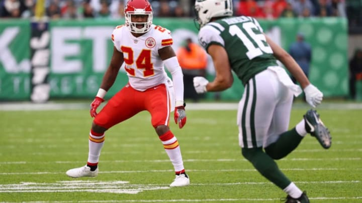 EAST RUTHERFORD, NJ - DECEMBER 03: Darrelle Revis #24 of the Kansas City Chiefs defends against Chad Hansen #16 of the New York Jets during their game at MetLife Stadium on December 3, 2017 in East Rutherford, New Jersey. (Photo by Al Bello/Getty Images)