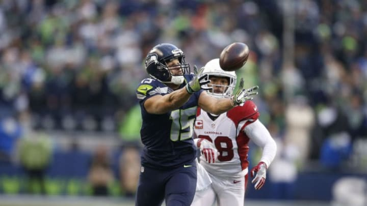 SEATTLE, WA - DECEMBER 24: Wide receiver Jermaine Kearse #15 of the Seattle Seahawks can't hang on to a pass against the Arizona Cardinals at CenturyLink Field on December 24, 2016 in Seattle, Washington. (Photo by Otto Greule Jr/Getty Images)