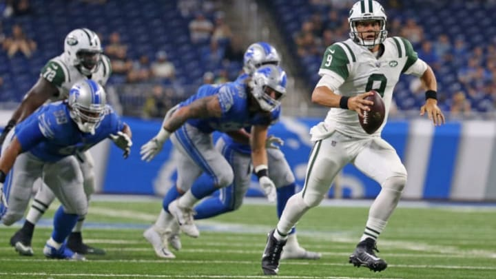 DETROIT, MI - AUGUST 19: Bryce Petty #9 of the New York Jets scrambles for a first down during the fourth quarter of the preseason game against the Detroit Lions on August 19, 2017 at Ford Field in Detroit, Michigan. The Lions defeated the Jets 16-6. (Photo by Leon Halip/Getty Images)