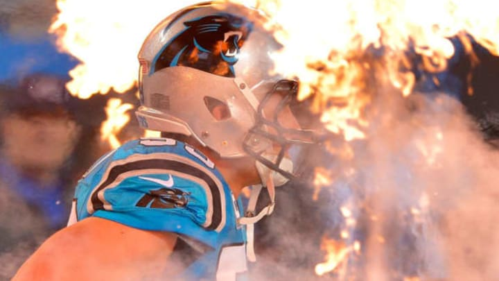 CHARLOTTE, NC – NOVEMBER 17: Luke Kuechly #59 of the Carolina Panthers takes the field before their game against the New Orleans Saints at Bank of America Stadium on November 17, 2016 in Charlotte, North Carolina. (Photo by Grant Halverson/Getty Images)