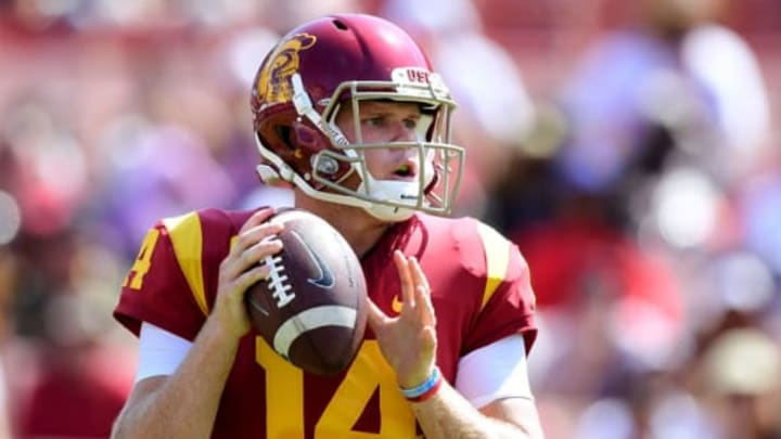 LOS ANGELES, CA – SEPTEMBER 02: Sam Darnold #14 of the USC Trojans prepares to pass in the pocket during the game against the Western Michigan Broncos at Los Angeles Memorial Coliseum on September 2, 2017 in Los Angeles, California. (Photo by Harry How/Getty Images)